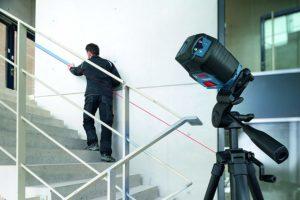 Der Linienlaser von Bosch mit Schutztasche