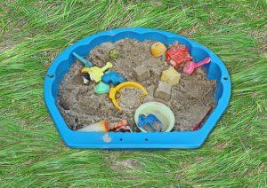 Worauf sollte man beim Sandkasten Spielzeug für Jungen achten?