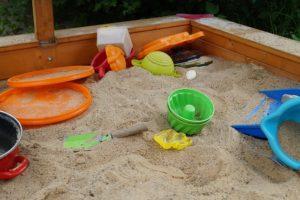 Spielzeugsets für den Sandkasten kaufen